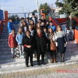 Η δήμαρχος με τους μαθητές της τάξης
